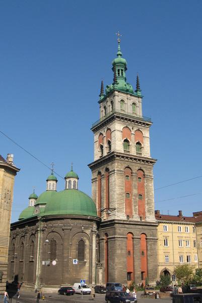 ЗНО з Історії: Успенська церква та вежа Корнякта у Львові
